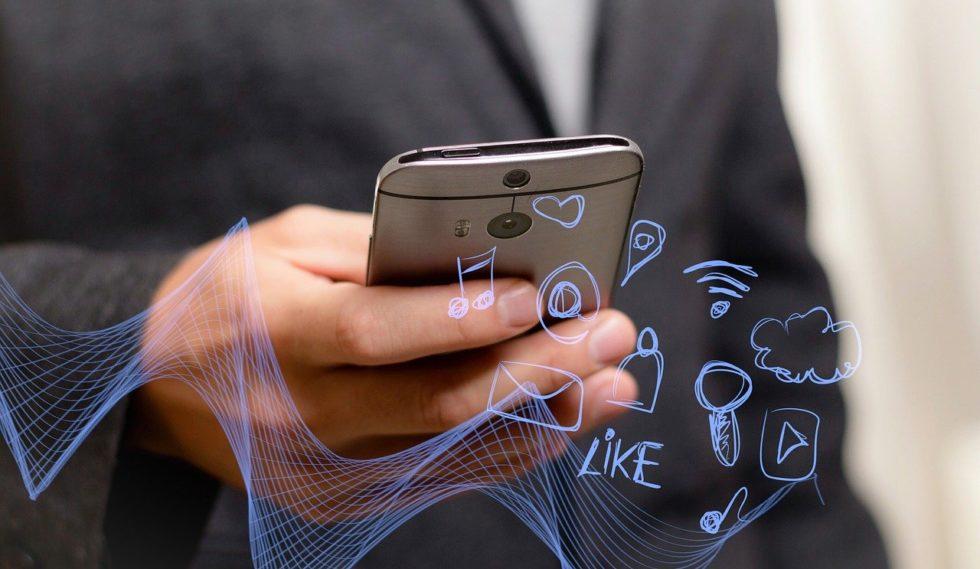 Les Français Et Les Téléphones Portables: Peut-on Parler De Dépendance?